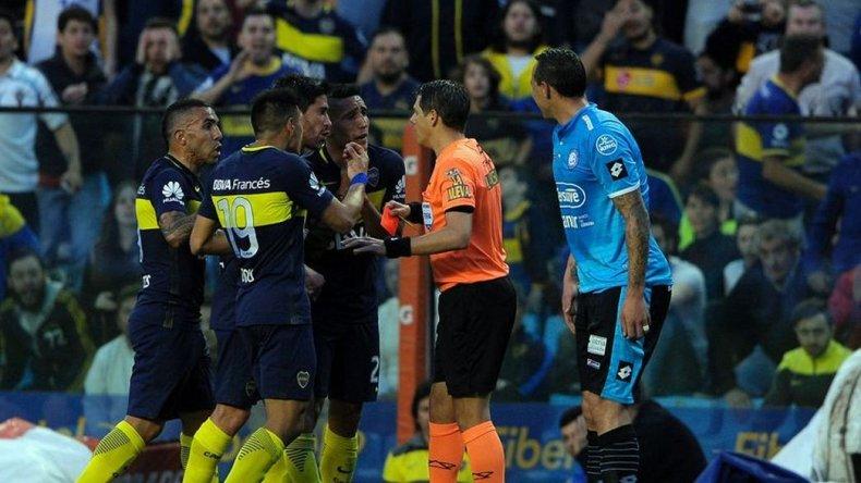 Tevez fue sancionado por tres fechas