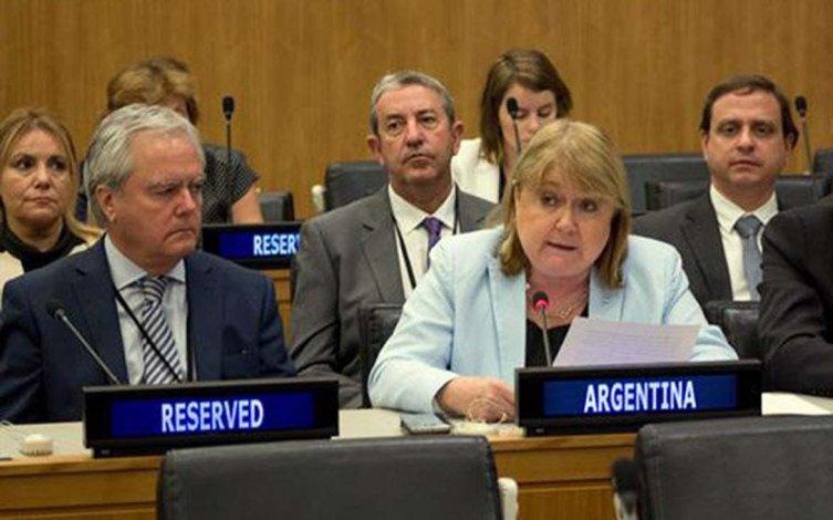 Cuestionan el accionar de la canciller Susana Malcorra con respecto a Malvinas.