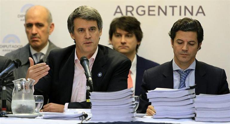 Alfonso Prat-Gay presentó el proyecto de Presupuesto 2017 en Diputados.