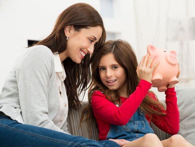 Padres podrán depositar pesos para el futuro de sus hijos
