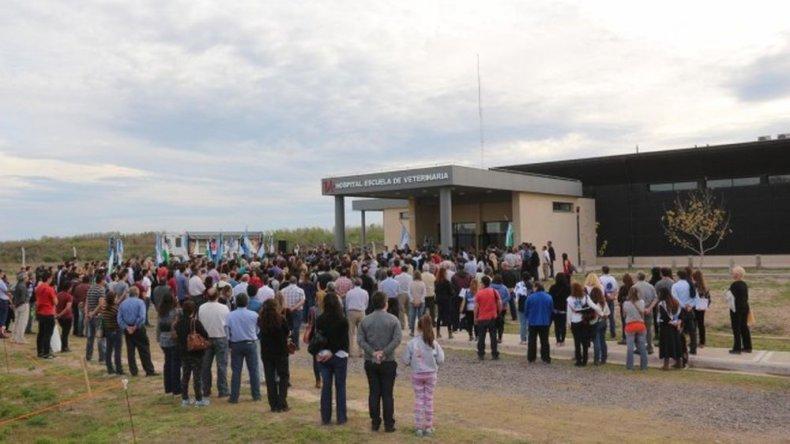 Inauguraron el primer hospital veterinario en la Patagonia