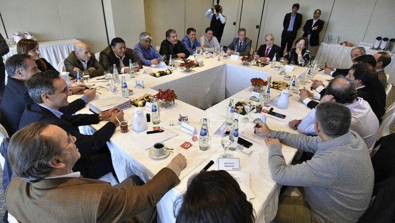 La explotación gasífera fue uno de los temas de la agenda que se abordaron ayer en la cumbre petrolera.