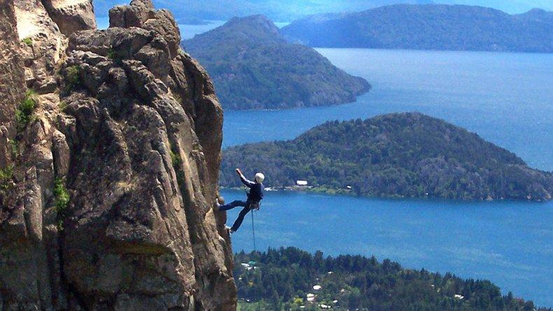 Hay opciones tanto para escaladores con experiencia como para entusiastas que quieren vivir la sensación de escalar.