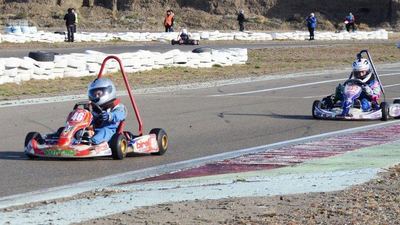 Esta tarde se correrá en el kartódromo internacional la séptima fecha de la temporada.