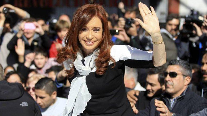 Cristina Fernandez cierra  el acto del radicalismo K en homenaje a Yrigoyen