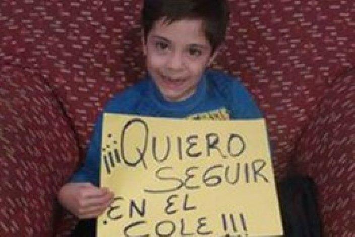 Pide que a su hijo con una irregularidad  motora vuelvan a aceptarlo en la escuela