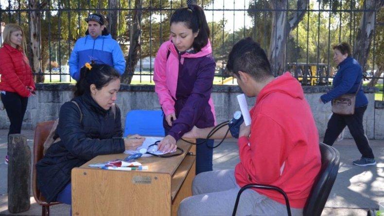 La población respondió a la convocatoria de la Secretaría de Salud y aprovechó los controles y las recomendaciones gratuitas.