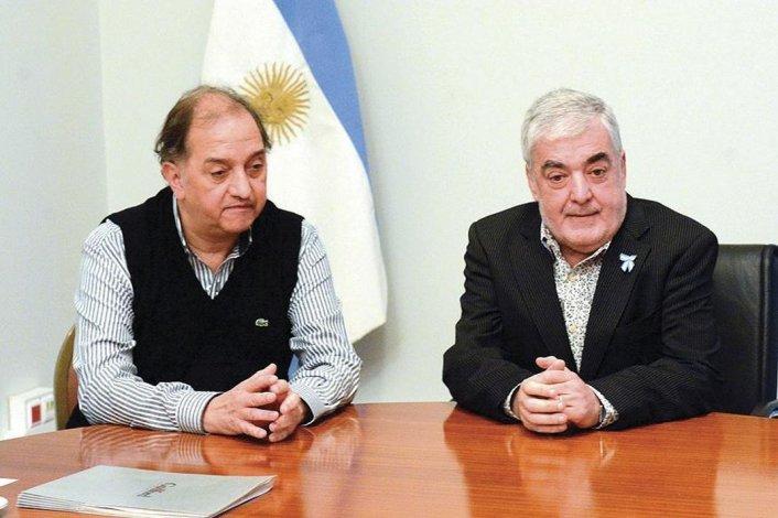 Por una deuda del anterior gobierno se tensa la relación entre Linares y Das  Neves