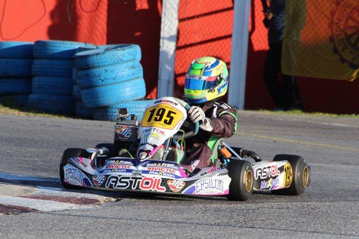 Lorenzo Astiz logró el objetivo de ganar una carrera en su primera temporada de Junior Max.