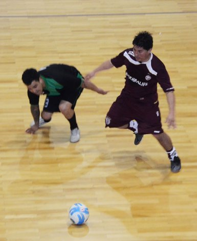 Lanús perdió cayó con Locos X El Fútbol por 5-4 en uno de los partidos que se jugaron el domingo por la División de Honor.
