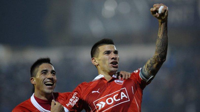 Víctor Cuesta estará ocupando un lugar en la defensa de Independiente.