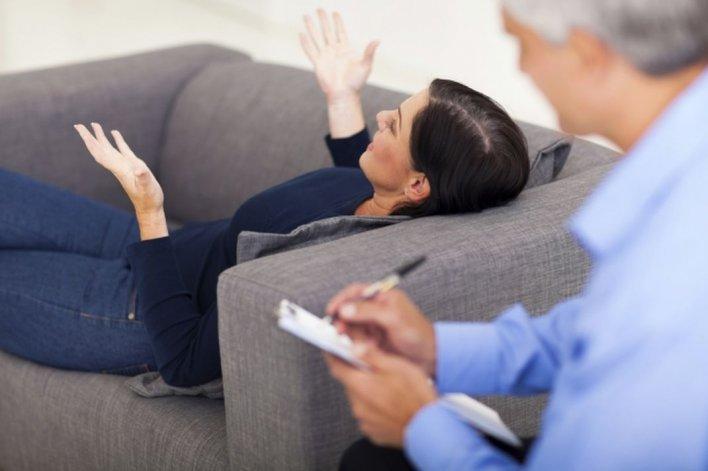 Psicólogo provocó una pelea familiar y ahora tendrá que indemnizar a sus pacientes