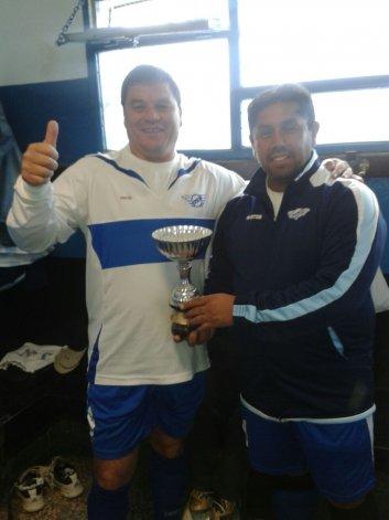 Dos para triunfar. Juan Encina -izq- y Daniel Paila Delgado