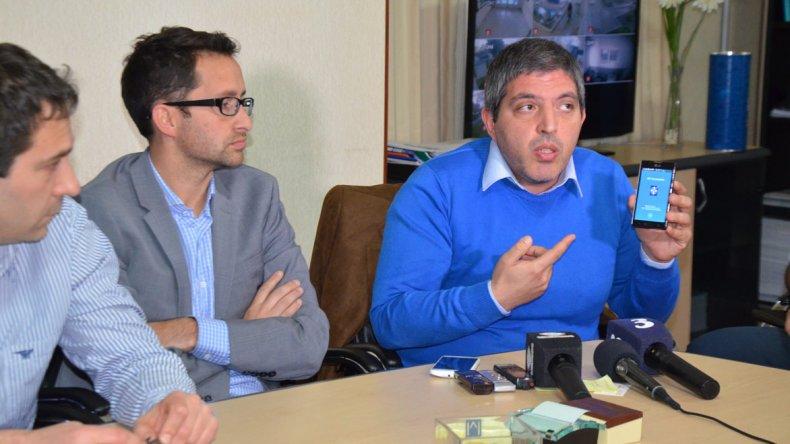 Funcionarios municipales explicaron las innovaciones que se instrumentarán para facilitar la comunicación.