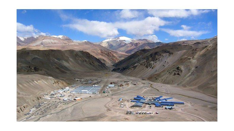 El Gobierno denunciará hoy a la Barrick Gold por la contaminación en Veladero