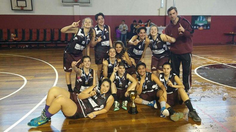 Las chicas de Federación Deportiva esperan hacer un buen papel como anfitrionas.