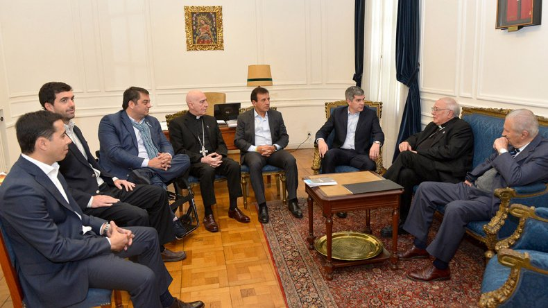 Reunión celebrada entre el Gobierno y la Iglesia.