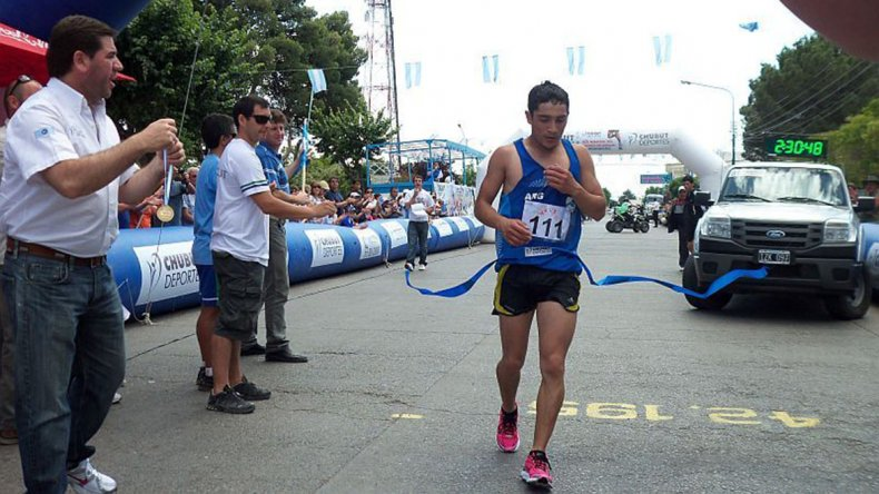El esquelense Joaquín Arbe será seguramente uno de los atletas que se inscribirá para el maratón.