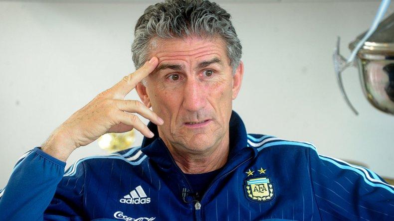 Edgardo Bauza se mostró enojado porque se le lesionó el crack Lionel Messi.