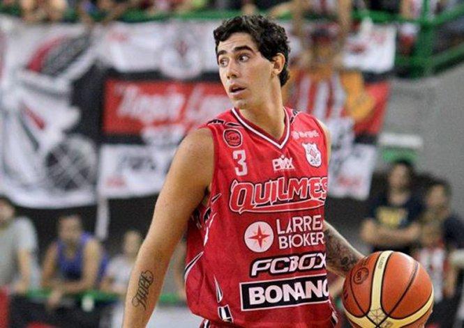 Luca Vildoza seguirá por una temporada más en Quilmes y luego se irá a jugar a España.