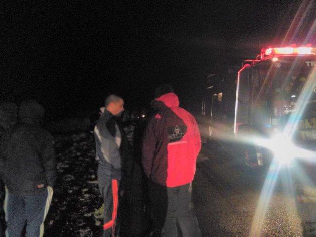 Un camión que transportaba gas propano volcó a 25 km de Camarones