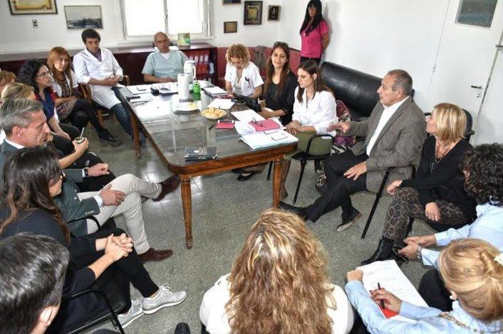 Hernández anunció la llegada de pediatras y la construcción de una morgue