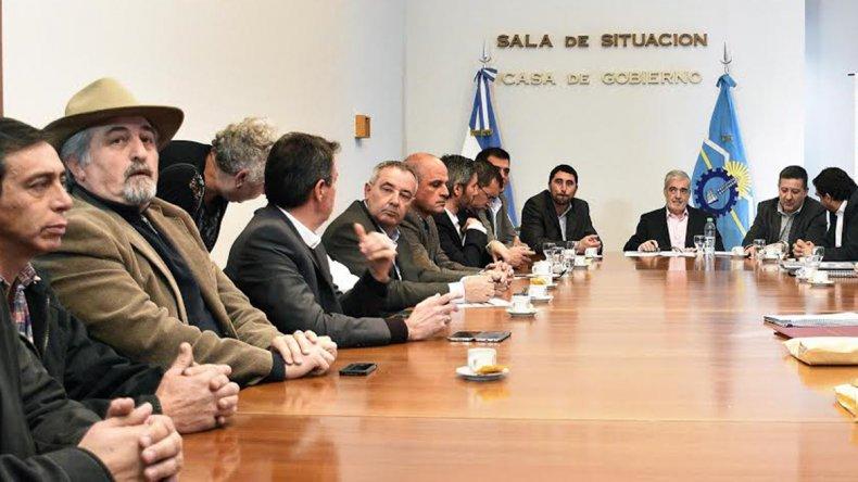 La reunión se realizó ayer a la mañana en la Sala de Situación de la Casa de Gobierno.
