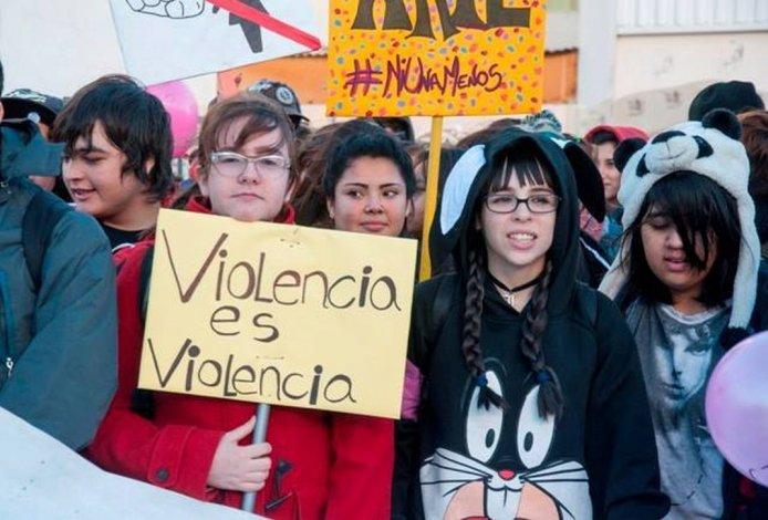 Las escuelas de Chubut deberán incorporar la temática violencia de género