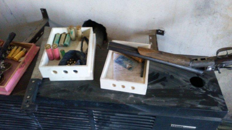 Por el balazo que recibió el jefe de la familia  Nieves, secuestraron armas y municiones