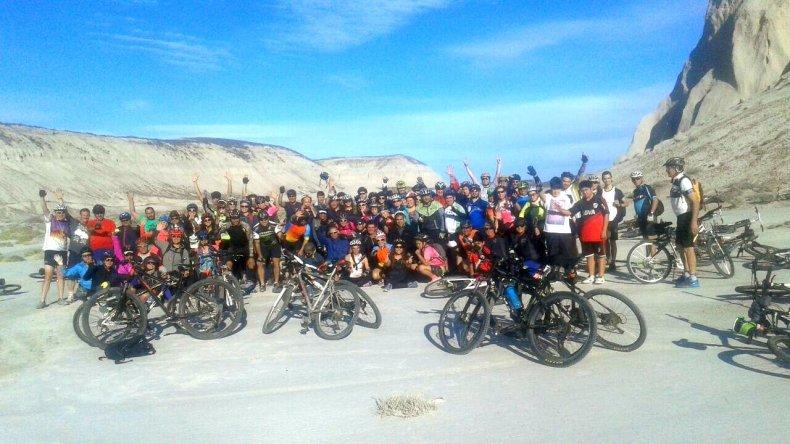 Más de 110 ciclistas recorrieron Astra
