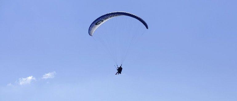 Dos hombres murieron mientras practicaban vuelos en parapente