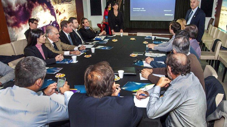 La OFEPHI propone que la Base de Datos Hidrocarburíferos tenga jerarquía de ley nacional