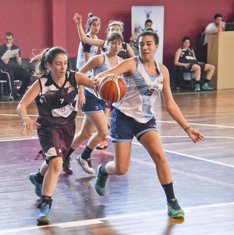 Federación Deportiva tenía ayer una última chance para clasificar pero no pudo ante Centro Galicia.