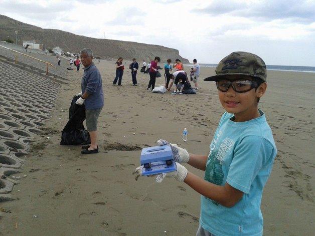 Convocan a limpiar las playas durante una hora y concientizar sobre el cuidado del ambiente