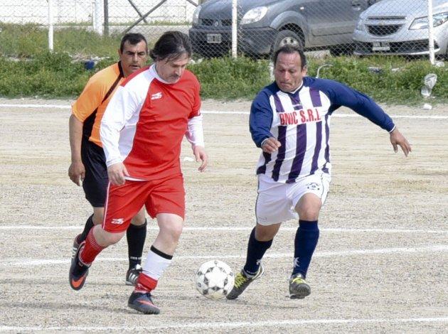 Ferro venció 2-1 a Rodríguez Peña en la zona A.