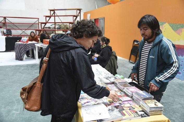 El Fanzine Fest reunió ayer a expositores comodorenses en el Espacio Social y Cultural Collage.