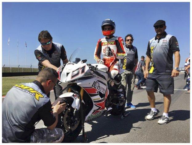 El DP Racing Team a pleno en la grilla de Termas de Río Hondo con el piloto chubutense Federico Zapata.