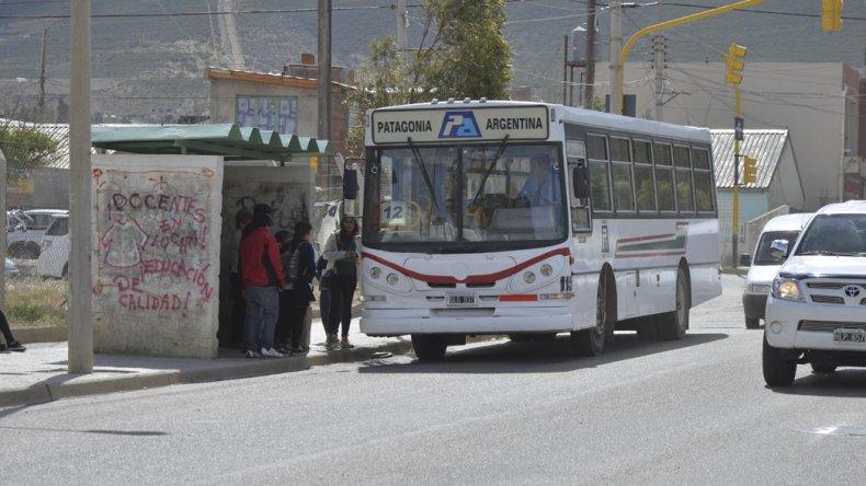 No todas las unidades de Patagonia estaban preparadas ayer para cobrar la nueva tarifa.