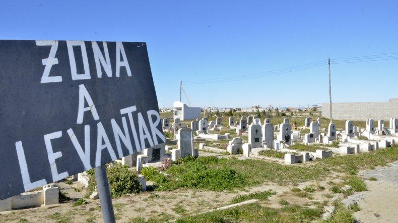El pago por parcelas en el cementerio es una de las principales deudas de los contribuyentes para con el municipio.