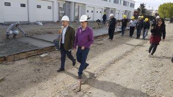 Además de la planta, el Sindicato Jerárquico avanza con la pavimentación de su plan habitacional en Kilómetro 5.