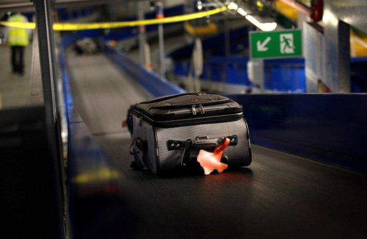 Detenida por llevar los testículos de su esposo en una valija