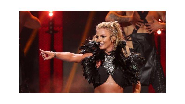El descuido hot de Britney Spears en pleno concierto