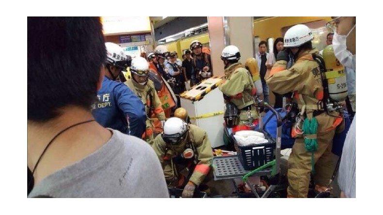Posible ataque químico en un tren de Tokio