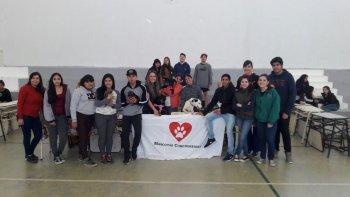 Alumnos de la Escuela 711 realizan actividades solidarias