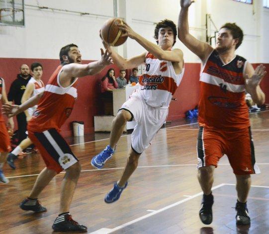 El básquetbol local continuará esta noche en la sede de la CAI con dos partidos.