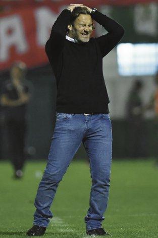 El lamento del DT Gabriel Milito. Independiente no tuvo profundidad y fue menos efectivo a la hora de la definición desde el punto del penal.