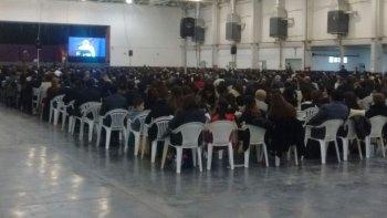 la asamblea regional de testigos de jehova reunio hoy a 2.300 fieles