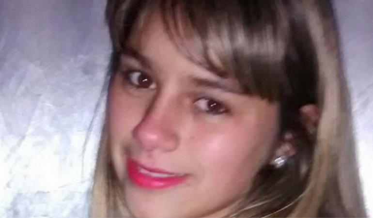 Encuentran decapitada y apuñalada por la espalda a joven desaparecida
