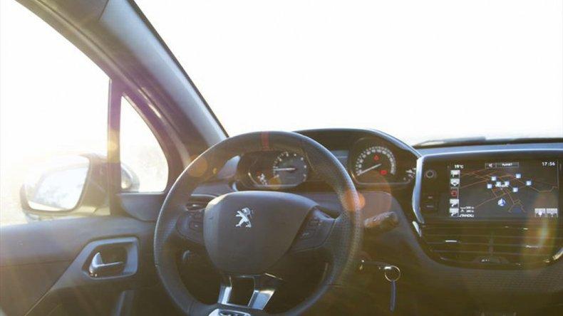 Un deportivo en las calles: prueba del Peugeot 208 GT