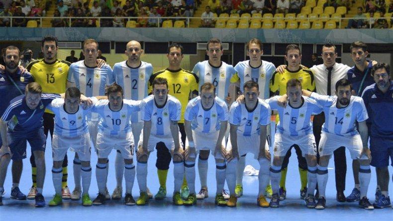 La selección argentina de futsal va esta tarde por toda la gloria.